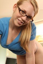 Taylor True Cute Geek Girl Enjoys Getting Naked After Studying. - Picture 6